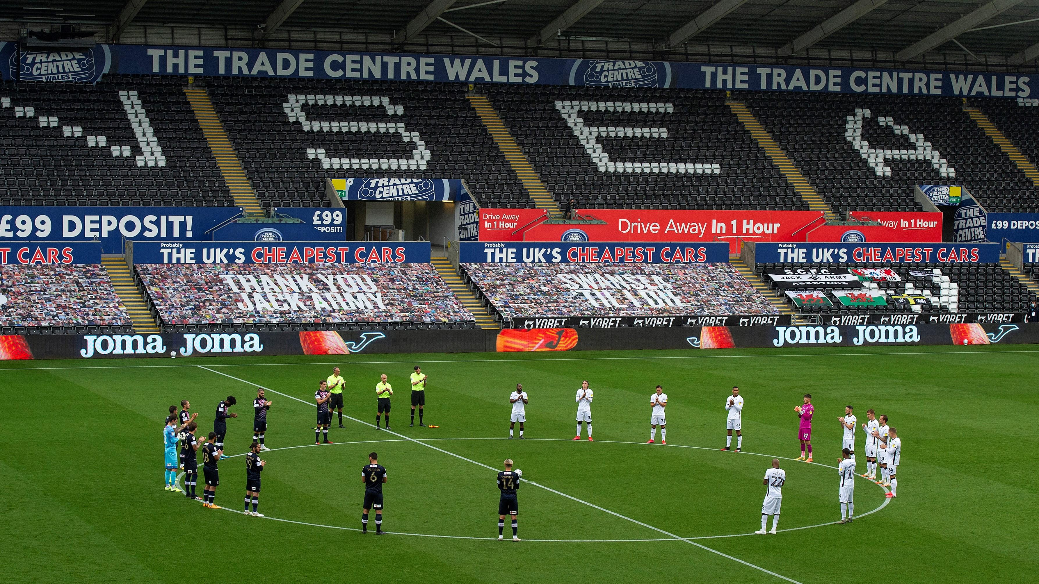 Swansea City v Luton Town